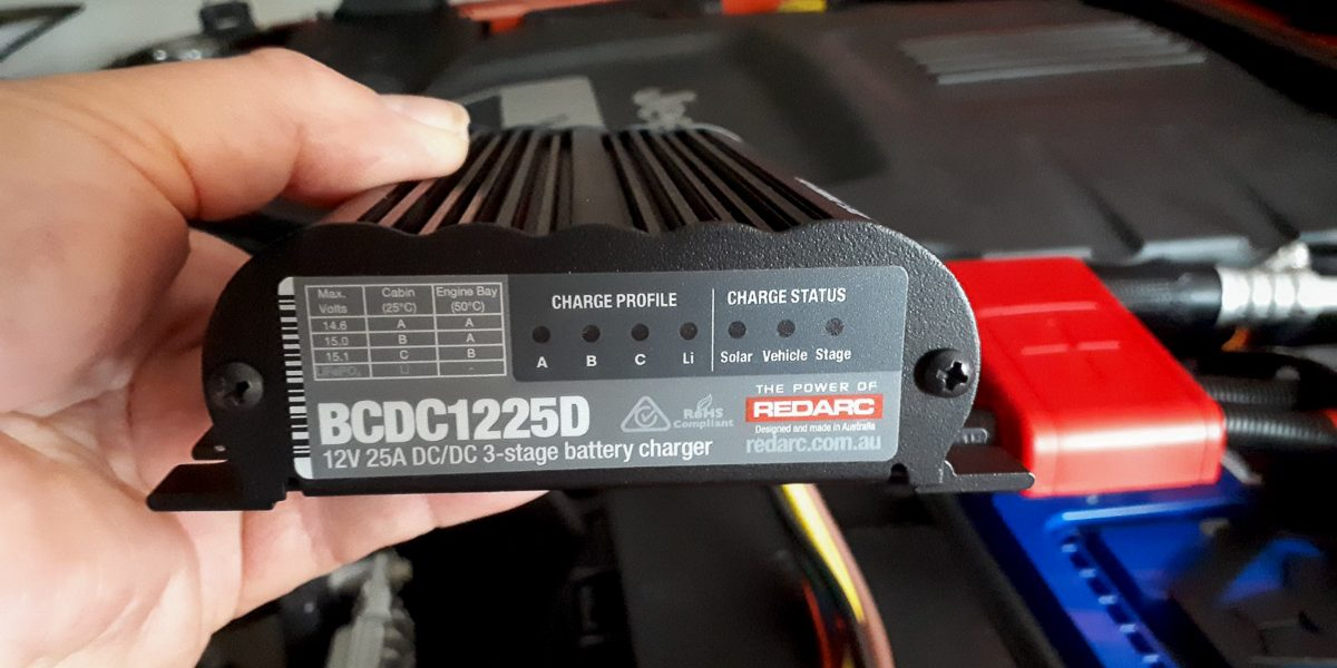 How to use fitting a Redarc BCDC1225D battery charger